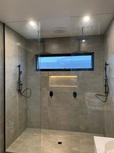 platorm-plumbing-shower-room